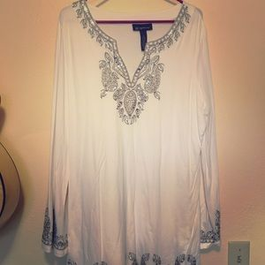 Tops - White and silver sequined Tunic